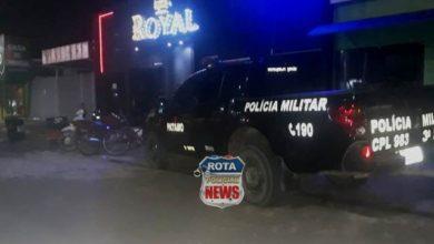 Photo of Após descumprir interdição, Vigilância Sanitária e PATAMO detém gerente e fecha tabacaria Royal em Vilhena