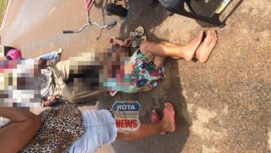 Photo of Casal de idosos entra na frente de motocicleta e se envolvem em acidente