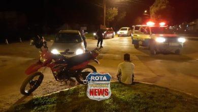 Photo of Colisão entre carro e motocicleta é registrada na avenida Vitória Régia em Vilhena