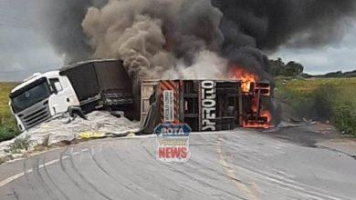 Photo of Motorista morador de Cerejeiras se envolve em acidente onde carretas pegaram fogo