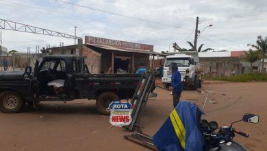 Foto de Vídeo: ciclista escapa por pouco de acidente que envolveu caminhões na avenida Rondônia