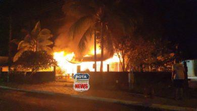 Photo of Urgente: residência é destruída por incêndio em Pimenteiras