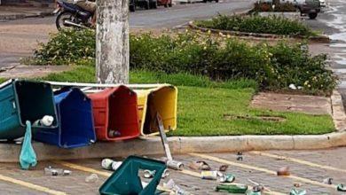 Photo of Caso de lixeiras que amanheceram tombadas se torna um mistério em Cerejeiras