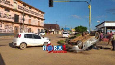 Photo of Grave colisão entre carros deixa um capotado na capital de Rondônia
