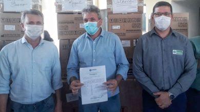 Foto de Durante entrega de ventiladores mecânicos em Vilhena, Goebel destaca união dos Poderes no combate à covid-19