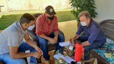 Foto de Deputado Luizinho Goebel se reúne com Ezequiel Neiva para falar sobre ampliação do programa de calcário