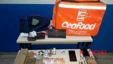 Photo of Delivery: Entregador  é preso pelo PATAMO com bolsa de entregas repleta de drogas em Vilhena