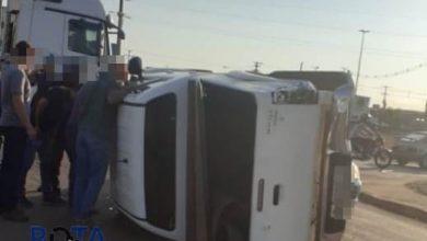 Photo of Camionete tomba após ser atingida por carreta no Centro de Vilhena