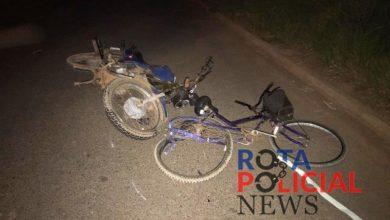 Foto de Ciclista sofre ferimentos após ser atingida por moto em local sem iluminação pública