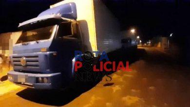 Foto de Motorista de caminhão baú atinge veículo, foge mas acaba preso pela PM em Vilhena