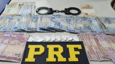 Foto de Apressado: PRF prende, por tráfico de cocaína, motorista que avançou sinal vermelho