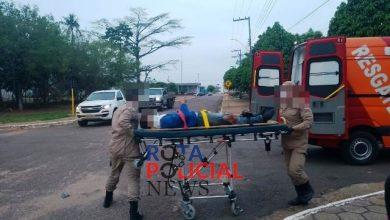 Foto de Motociclista sofre ferimentos após colisão entre carro e moto no Centro