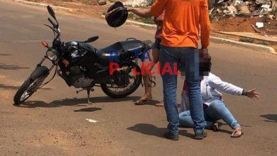 Foto de Mulher sofre ferimentos após motorista que falava em telefone avançar preferencial