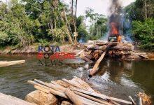 Foto de PF queima maquinário e explode ponte usada por madeireiros e garimpeiros em Terra Indígena de Rondônia