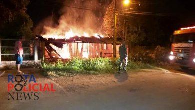 Foto de Incêndio destrói residência abandonada em Ji-Paraná